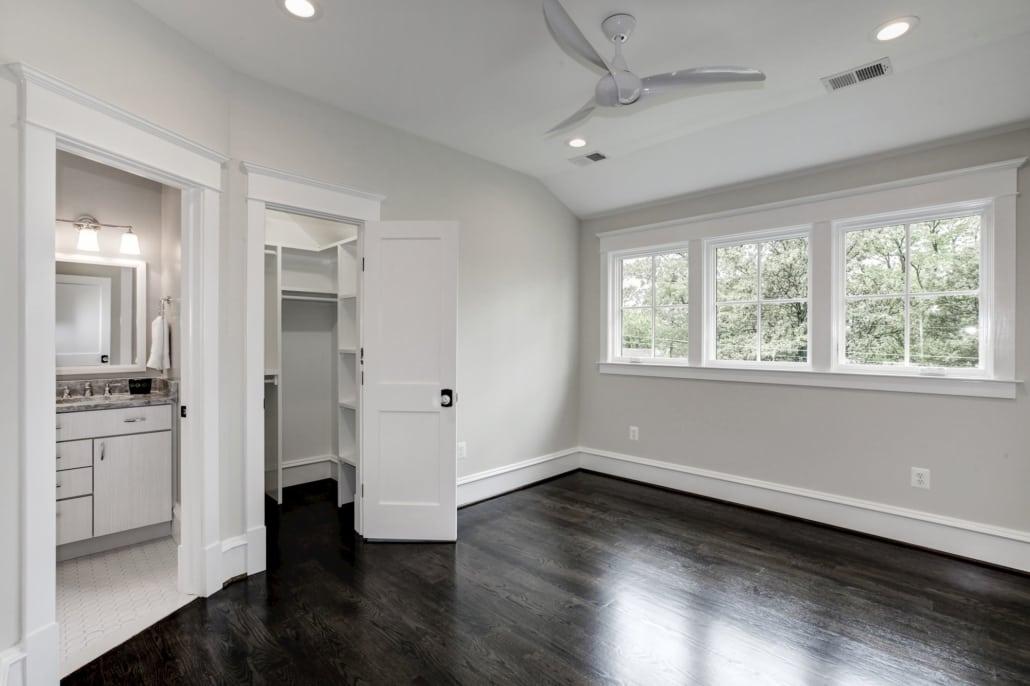 Upper level bedroom with walk in closet and en suite bath. Custom Home by Custom Builder, North Arlington, VA 22207